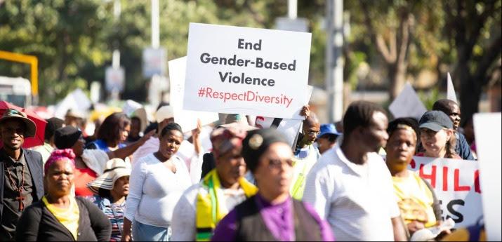 Involucrar a las comunidades y a la sociedad civil en la respuesta a las pandemias